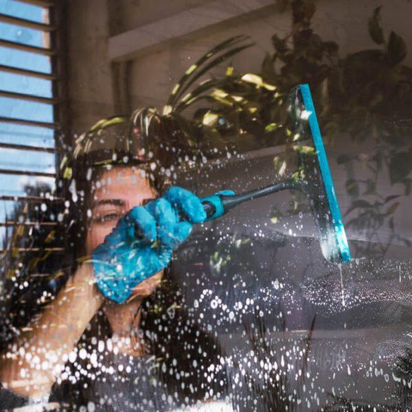 Umývanie okien Nitra TopClean
